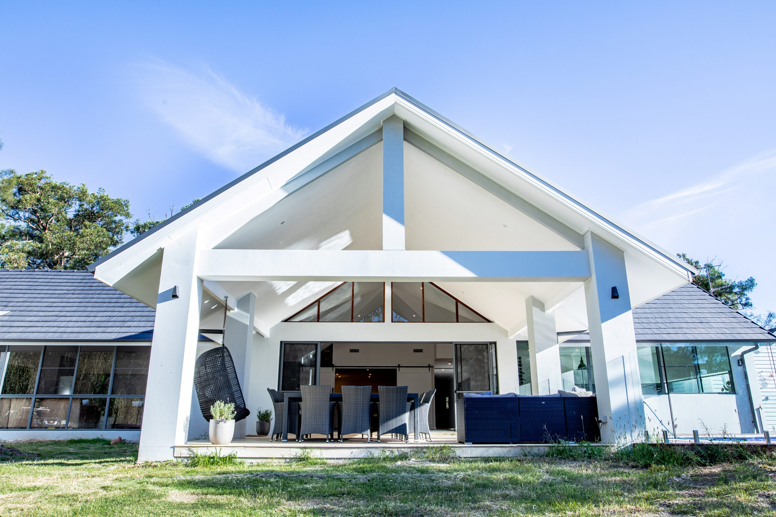 How to Choose the Right Luxury Home Builders